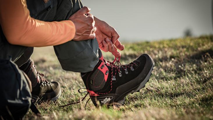 Alverstone II GTX, la scarpa versatile risuolabile per il trekking contemporaneo