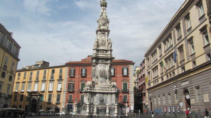 Le Guglie di Napoli